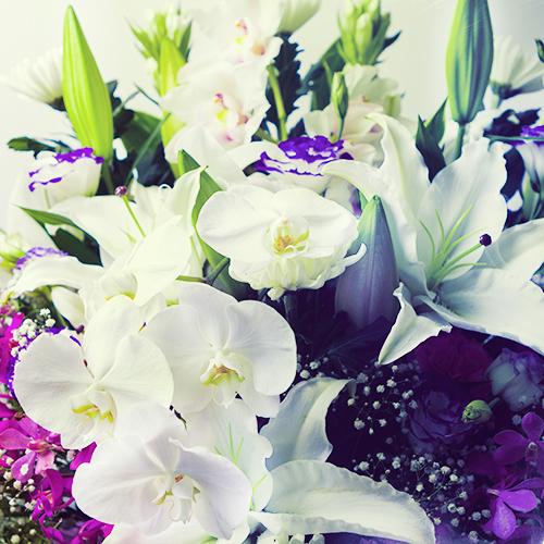 お盆期間の「お供え・お悔みの花」以外のご注文について